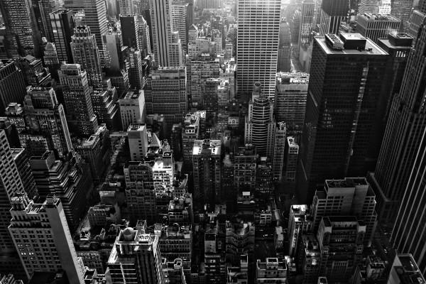 Ciudad en blanco y negro