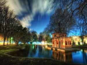 Postal: Noche en el parque