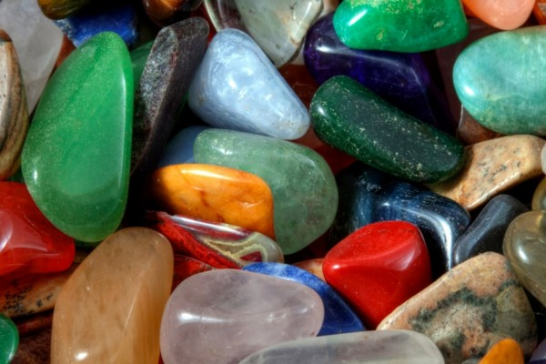 Guijarros de varios colores