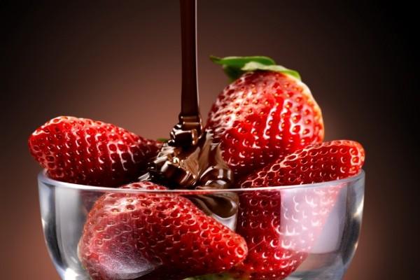 Copa de fresas con chocolate