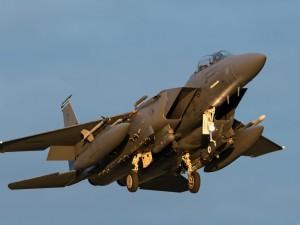 Postal: Un F-15E
