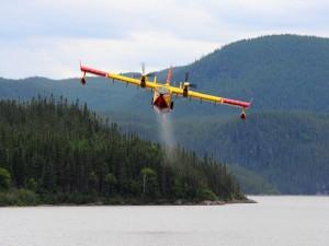 Avión anfibio, CL-415