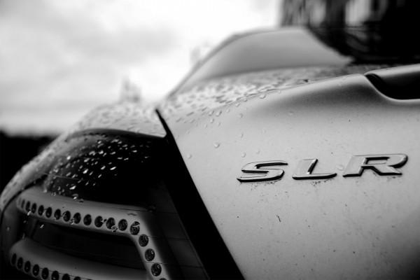 Trasera del Mercedes-Benz SLR McLaren