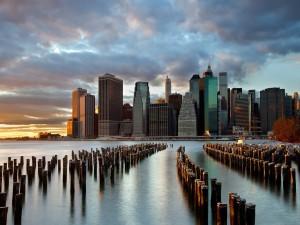 Edificios junto al puerto de Nueva York