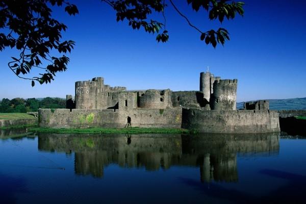 Castillo en el agua