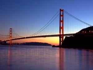 Postal: Puente visto al anochecer