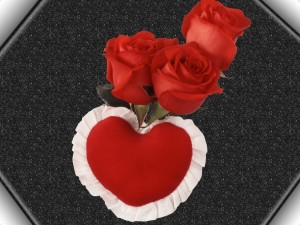 Rosas rojas y un corazón