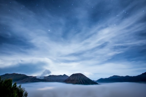 Precioso cielo con estrellas