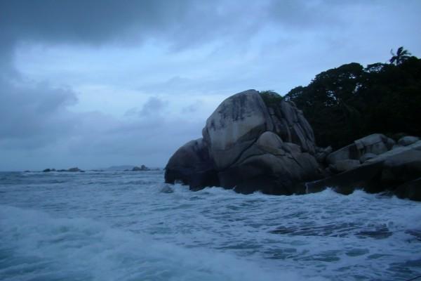 Anochece en el mar