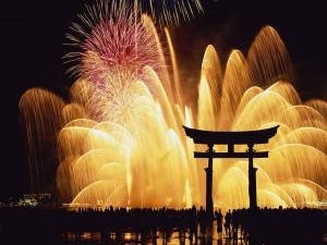 Postal: Fuegos artificiales en Japón