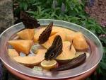 Mariposas sobre las piezas de fruta