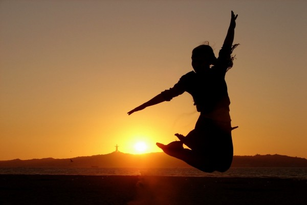 Salto de felicidad (Día Internacional de la Felicidad)