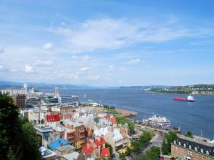 Postal: Vista al Viejo Puerto, desde la terraza del Château de Frontenac, en Old Quebec