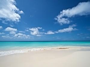 Cielo, mar y arena