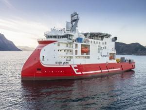 Navegando en las aguas del mar, en el Seven Viking
