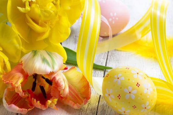 Arreglo floral para el Día de Pascua