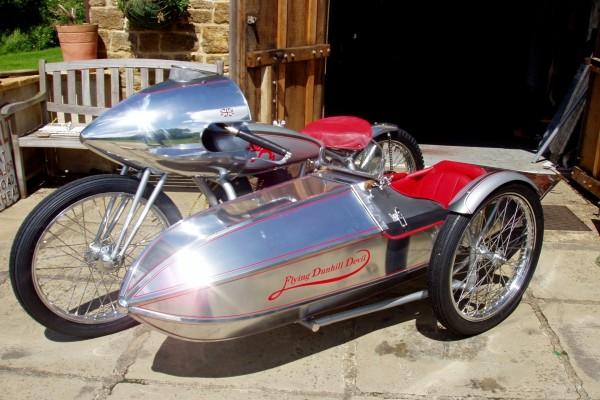 Moto con sidecar