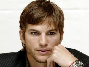 El guapo Ashton Kutcher