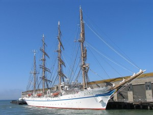 Postal: El Nippon Maru anclado