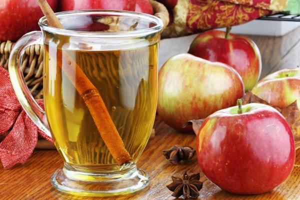 Zumo casero de manzana