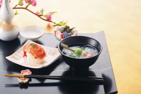 Comida japonesa lista para comer
