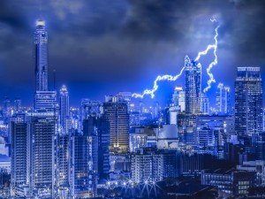 Postal: Noche de tormenta en Tailandia