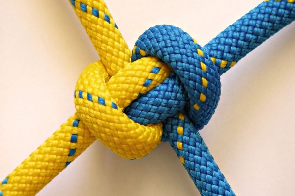 Nudo con dos cuerdas
