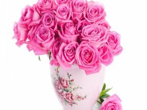 Postal: Ramo de rosas en un jarrón