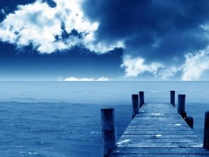 Postal: El mar visto desde el muelle