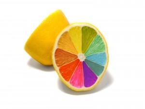 La magia de los colores en un limón