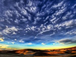 Postal: Bonito cielo sobre el desierto