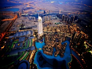 Postal: Vista aérea de Dubai, en los Emiratos Árabes