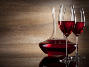 Postal: Copas con vino