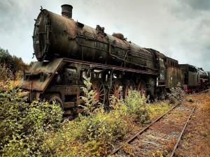 Postal: Locomotora en el olvido