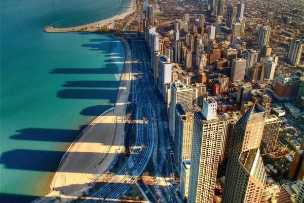 Vista aérea de la ciudad costera