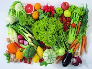 Postal: Verdes y saludables vegetales, para una buena comida