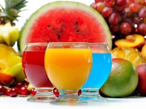 Sabrosos jugos de diferentes sabores