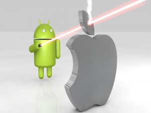 Android con espada láser contra Apple