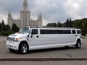 Limusina blanca en Moscú