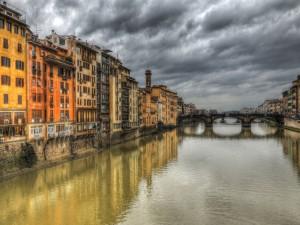 Postal: Puente sobre el río Arno, Florencia