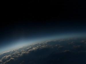 Postal: Nubes y estrellas
