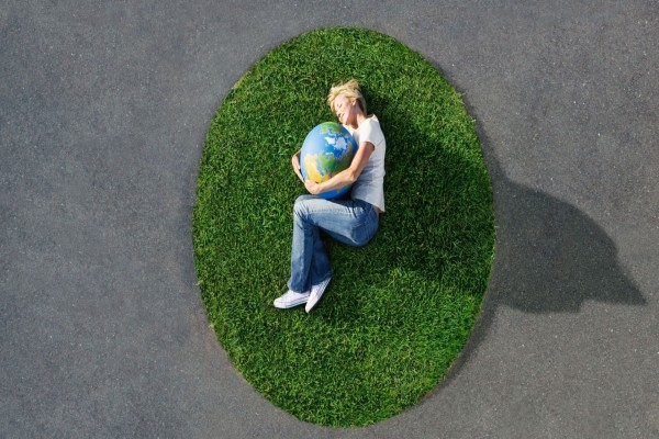 Abrazo a la Tierra, en el Día Internacional de la Tierra