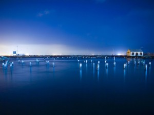 Cielo y agua de color azul