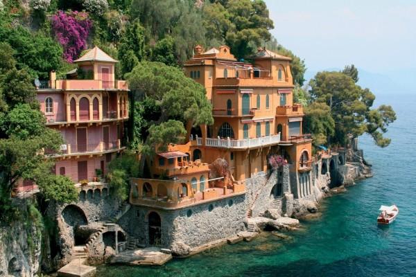 Casas en las rocas