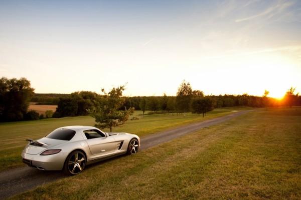 Mercedes en el camino