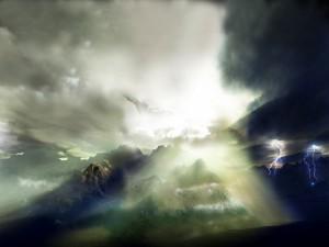 Rayos en las montañas