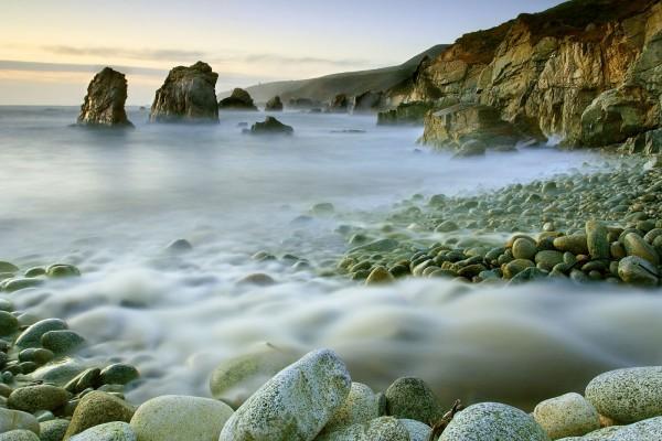 Piedras y bruma