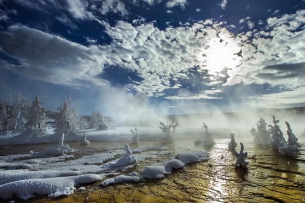 Niebla sobre un lugar congelado
