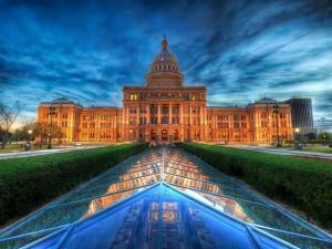 El Capitolio de Texas, visto al anochecer