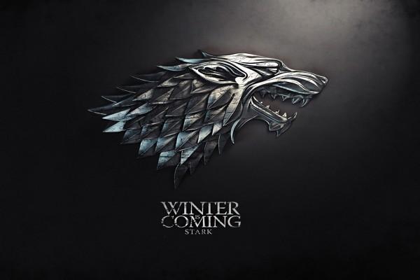 """Lema de la Casa Stark """"Se acerca el invierno"""""""